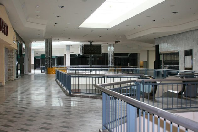 WindsorParkMall-crScooterSimpson